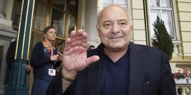Burt Young Net Worth 2017-2016, Biography, Wiki - UPDATED ...