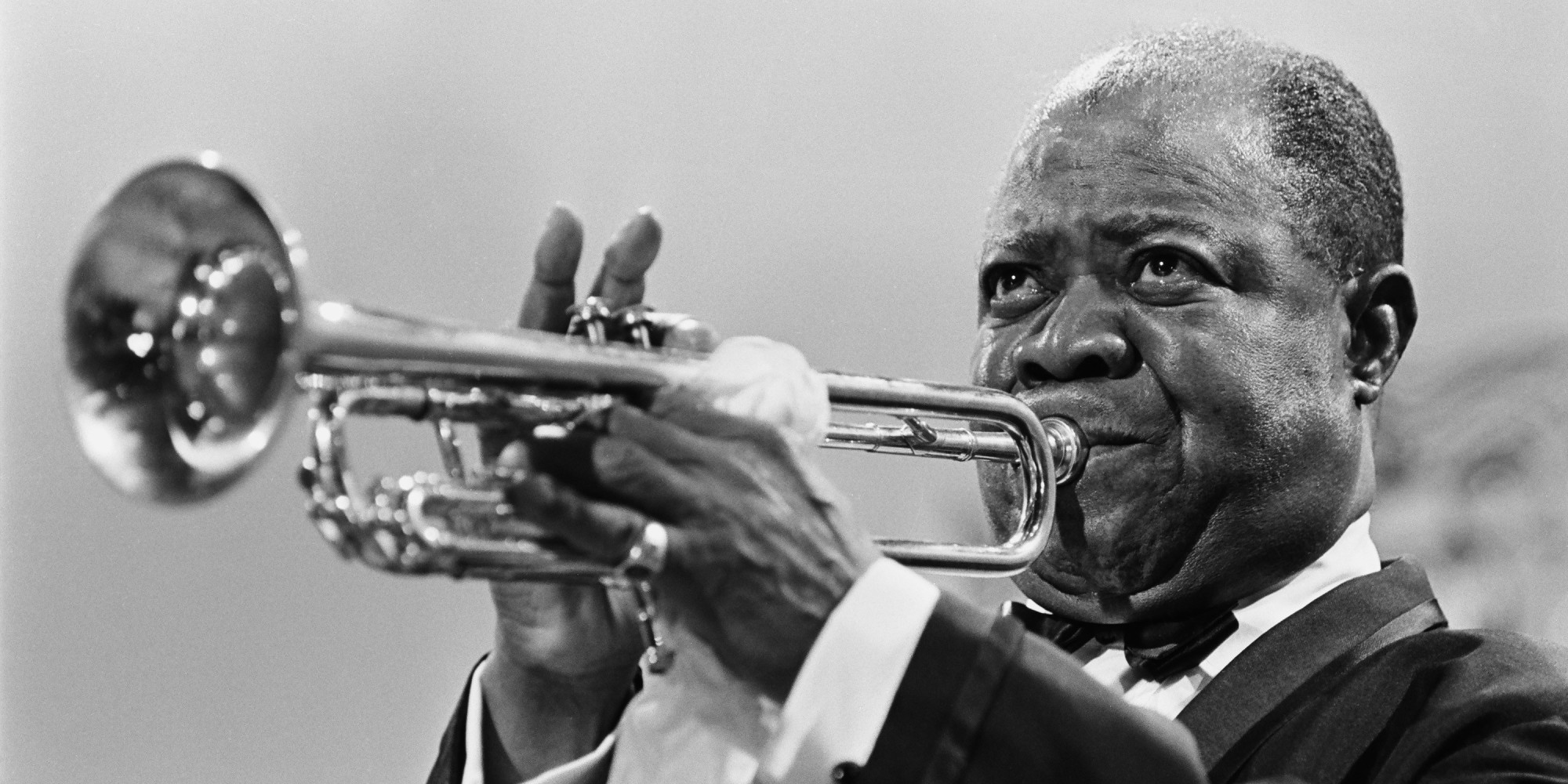 a biography of louis armstrong the most talented jazz musician in history Louis armstrong, one of the most influential jazz artists of all time, is remembered for songs like he is known for songs like 'star dust,' 'la via en rose' and 'what a wonderful world' learn.