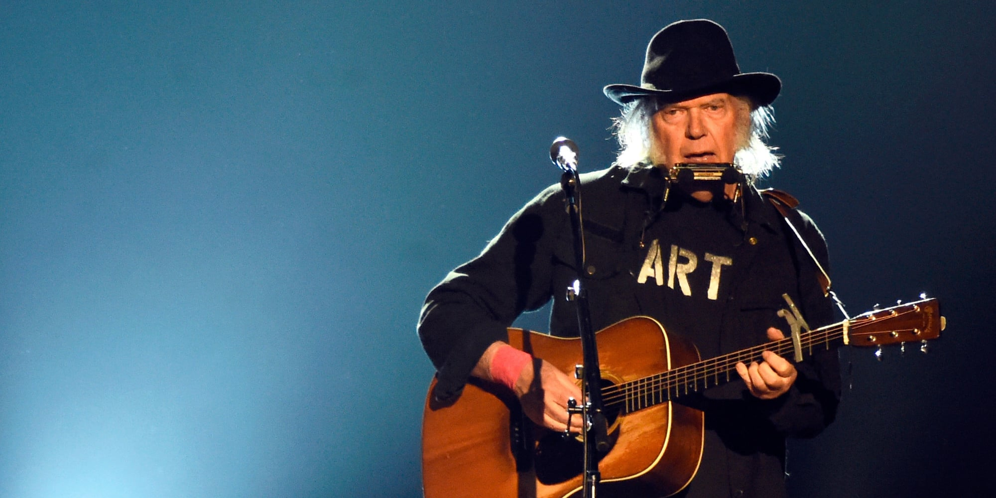 Neil Young Net Worth - Celebrity Net Worth