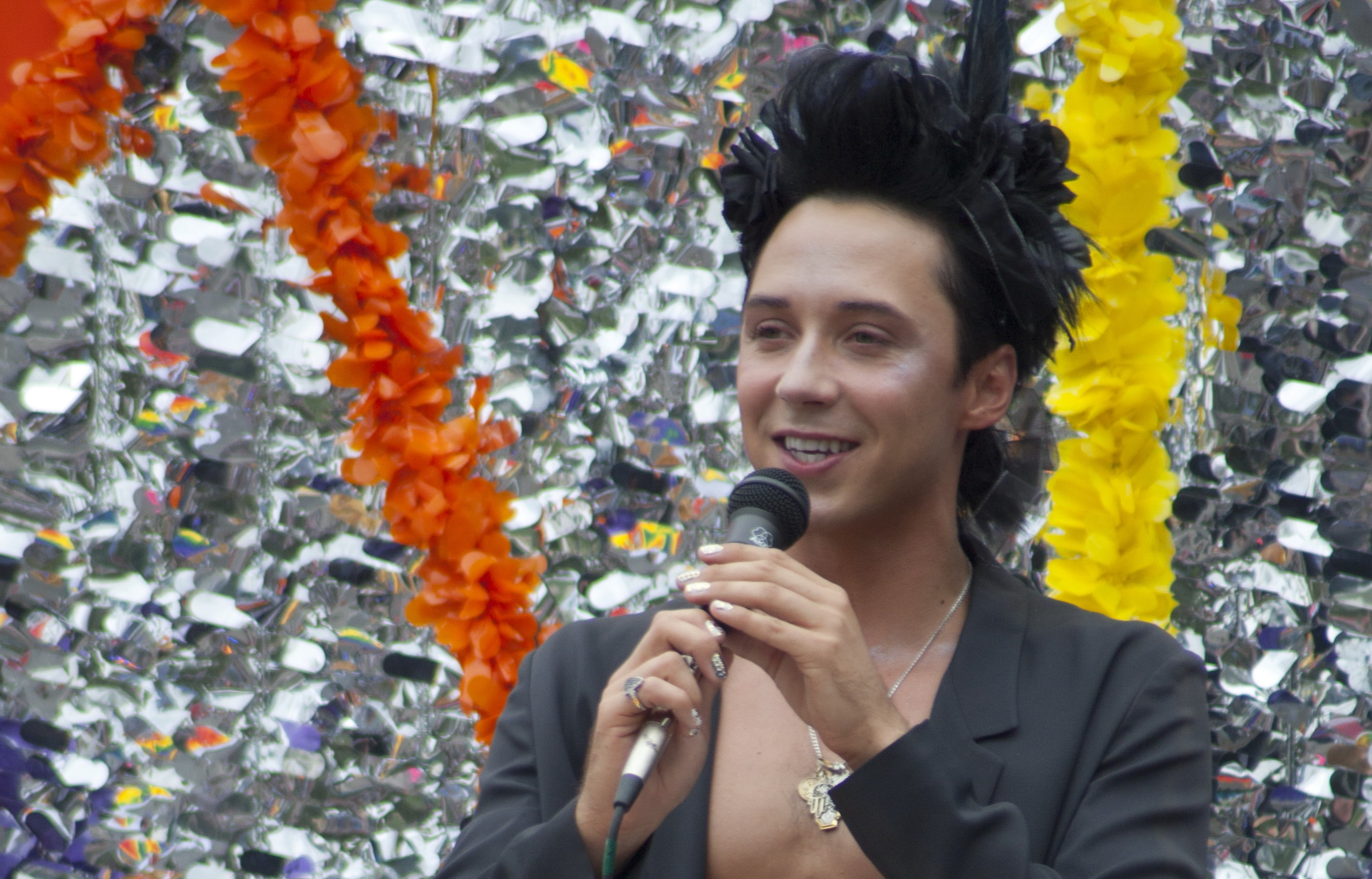 Nobody is pleased with johnny weir's support of the sochi olympics