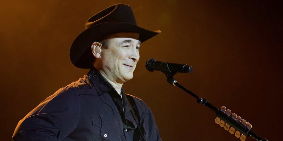 clint black personals Features song lyrics for clint black's on purpose album includes album cover, release year, and user reviews.