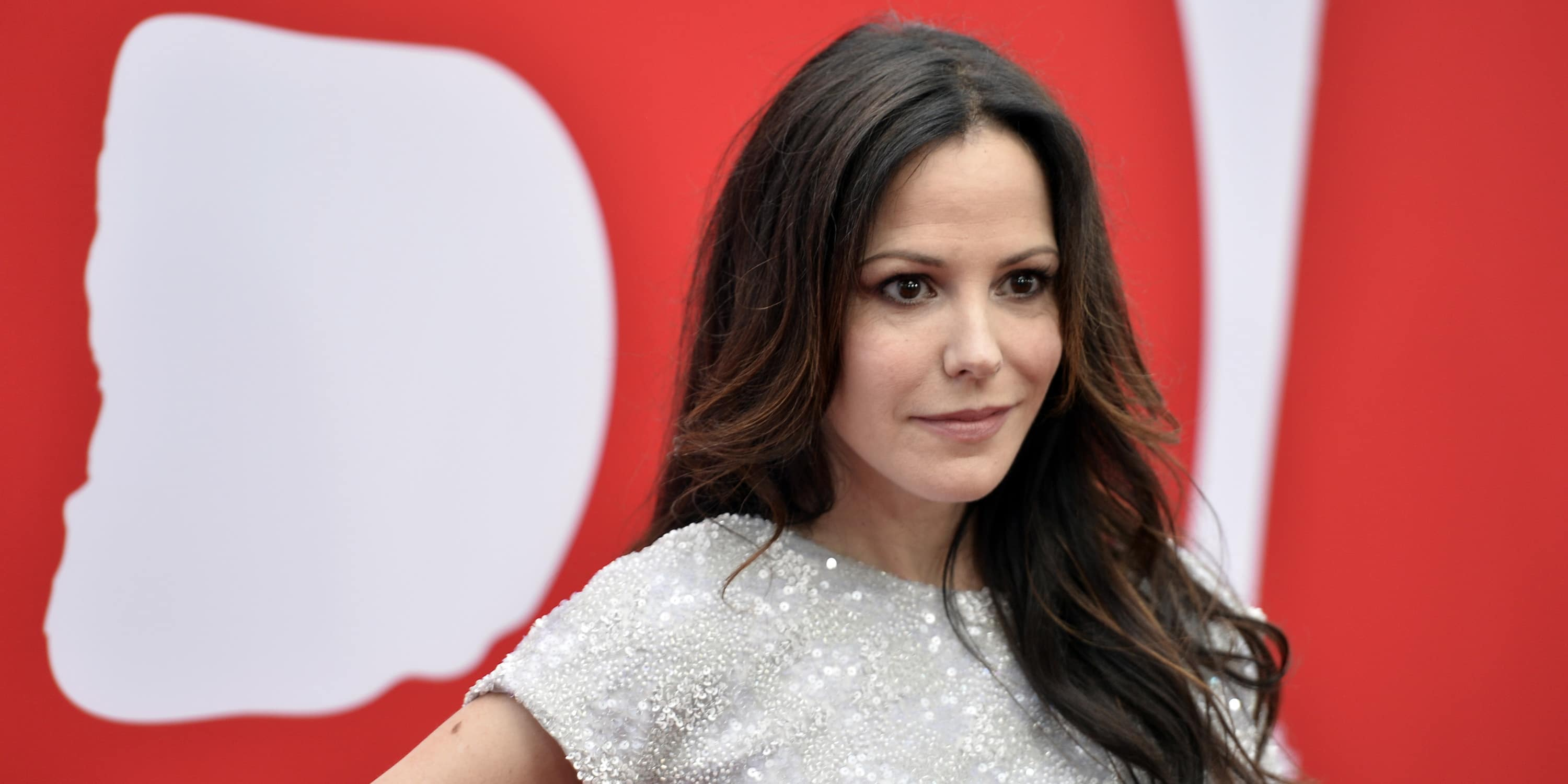 Mary-Louise Parker Net Worth 2020: Wiki, Married, Family