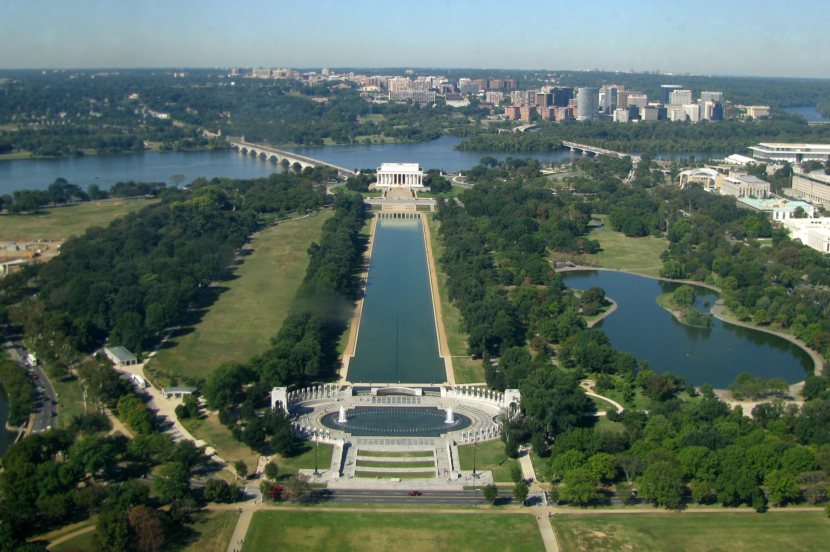 Lincoln Memorial Reflecting Pool, Washington, D.C., US