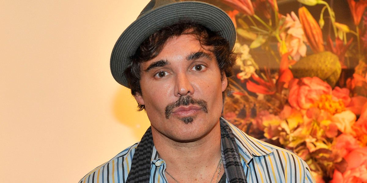 david lachapelle net worth salary income assets in 2018. Black Bedroom Furniture Sets. Home Design Ideas