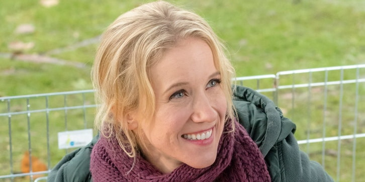 Jessy Schram Net Worth, Salary, Income & Assets in 2018
