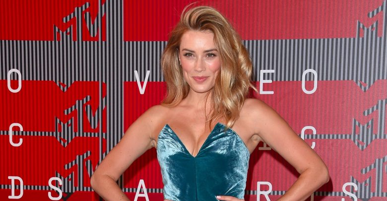 Arielle vandenberg net worth 2018 amazing facts you need for Mercedes benz net worth 2017