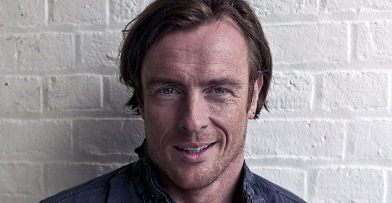Toby Stephens (born 1969) nude (46 gallery), Is a cute Paparazzi, Instagram, bra 2015