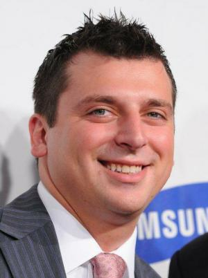Albie Manzo Wiki: Age, Engaged, Girlfriend, Dating, Gay ...