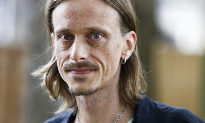 Mackenzie Crook Net Worth
