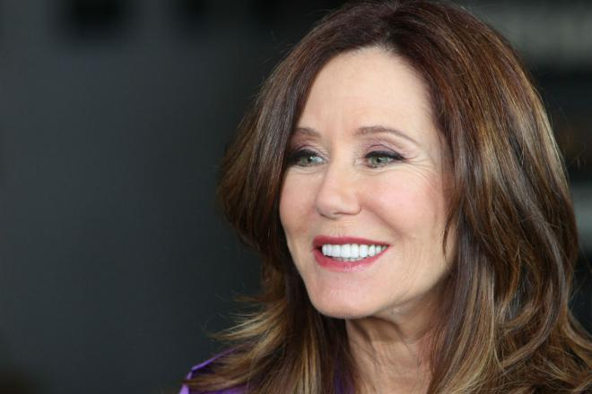Mary McDonnell worth