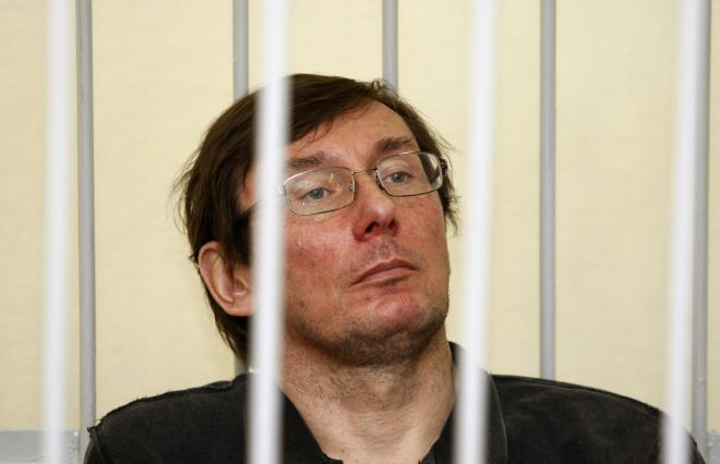 Alexander Lutsenko Net Worth