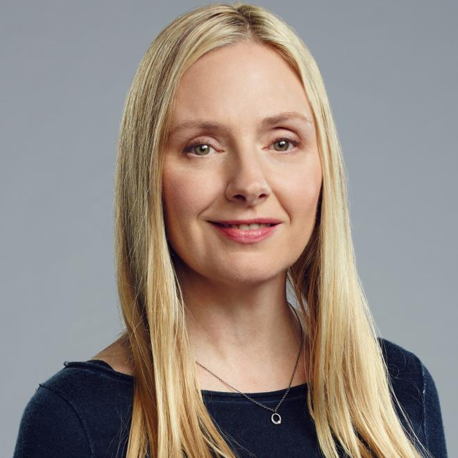 Hope Davis Net Worth
