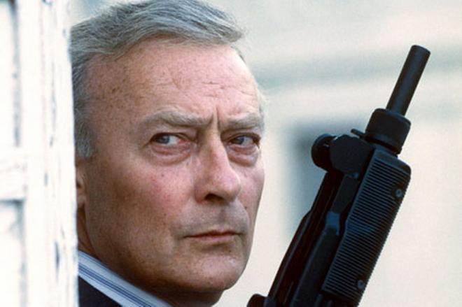 Edward Woodward Net Worth