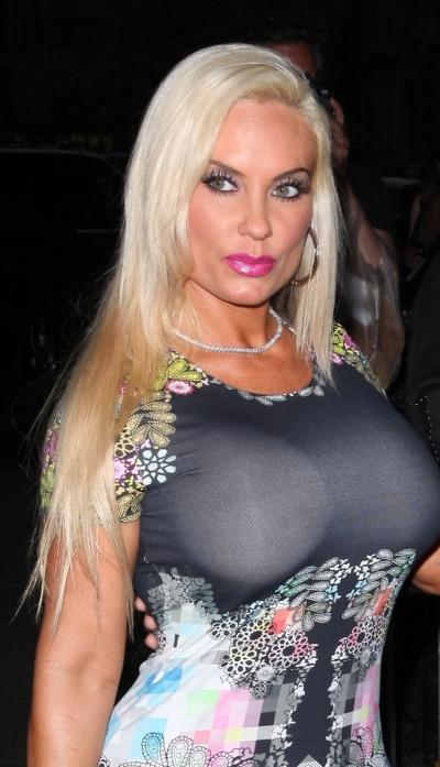 Nicole Austin Nude Photos 13