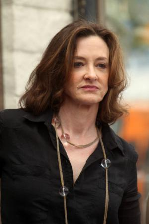 joan cusack net worth 2018 wiki married family wedding salary siblings. Black Bedroom Furniture Sets. Home Design Ideas