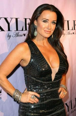 kyle richards net worth 2018 wiki married family. Black Bedroom Furniture Sets. Home Design Ideas